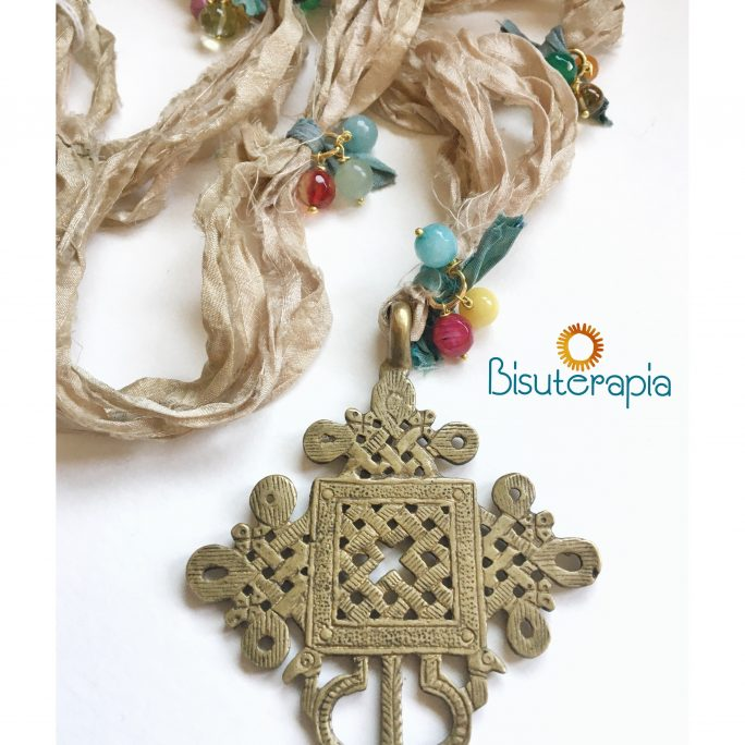 collar cruz Copta